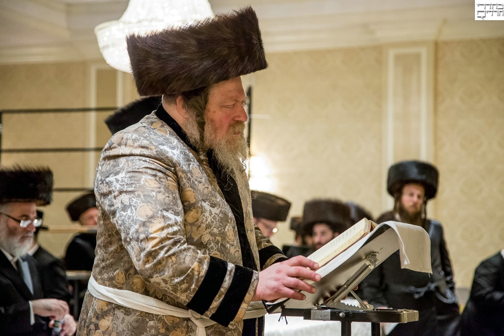 Video, Photos: The Pittsburgher Rebbe Sings at Melava Malka