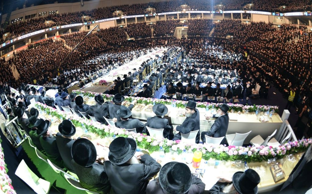 Belz Returning To The Stadium: Wedding at Arnah