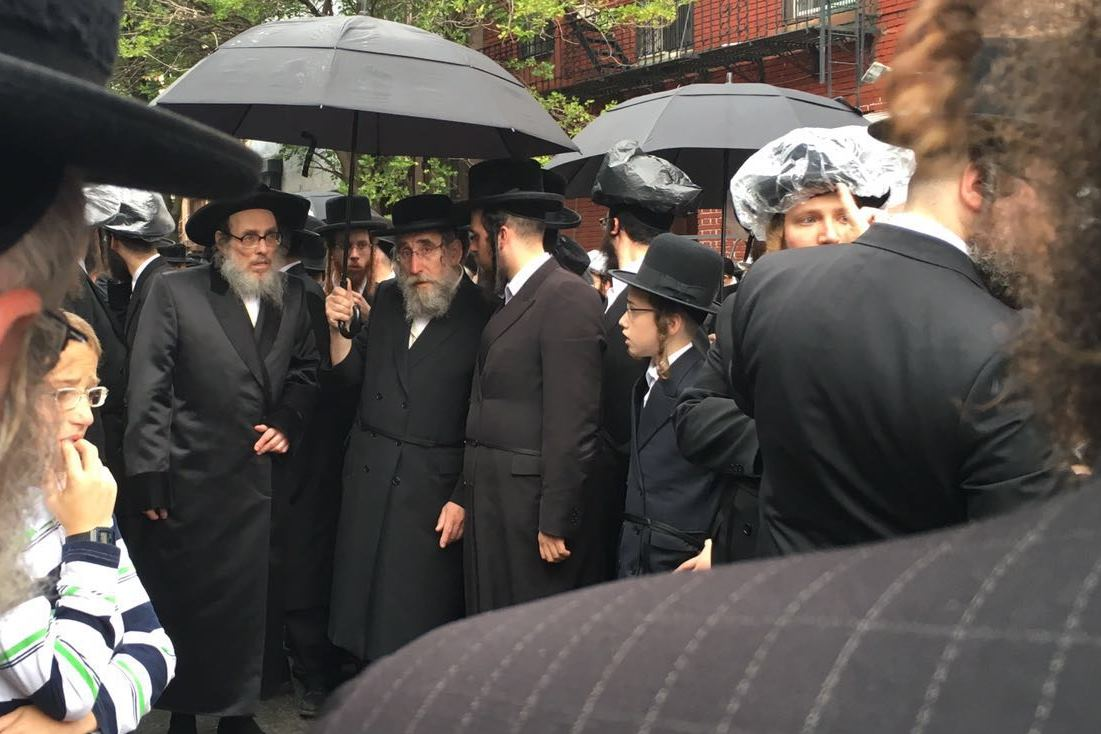 "Pupa Rebbe eulogized his granddaughter: ""holy Neshama"""