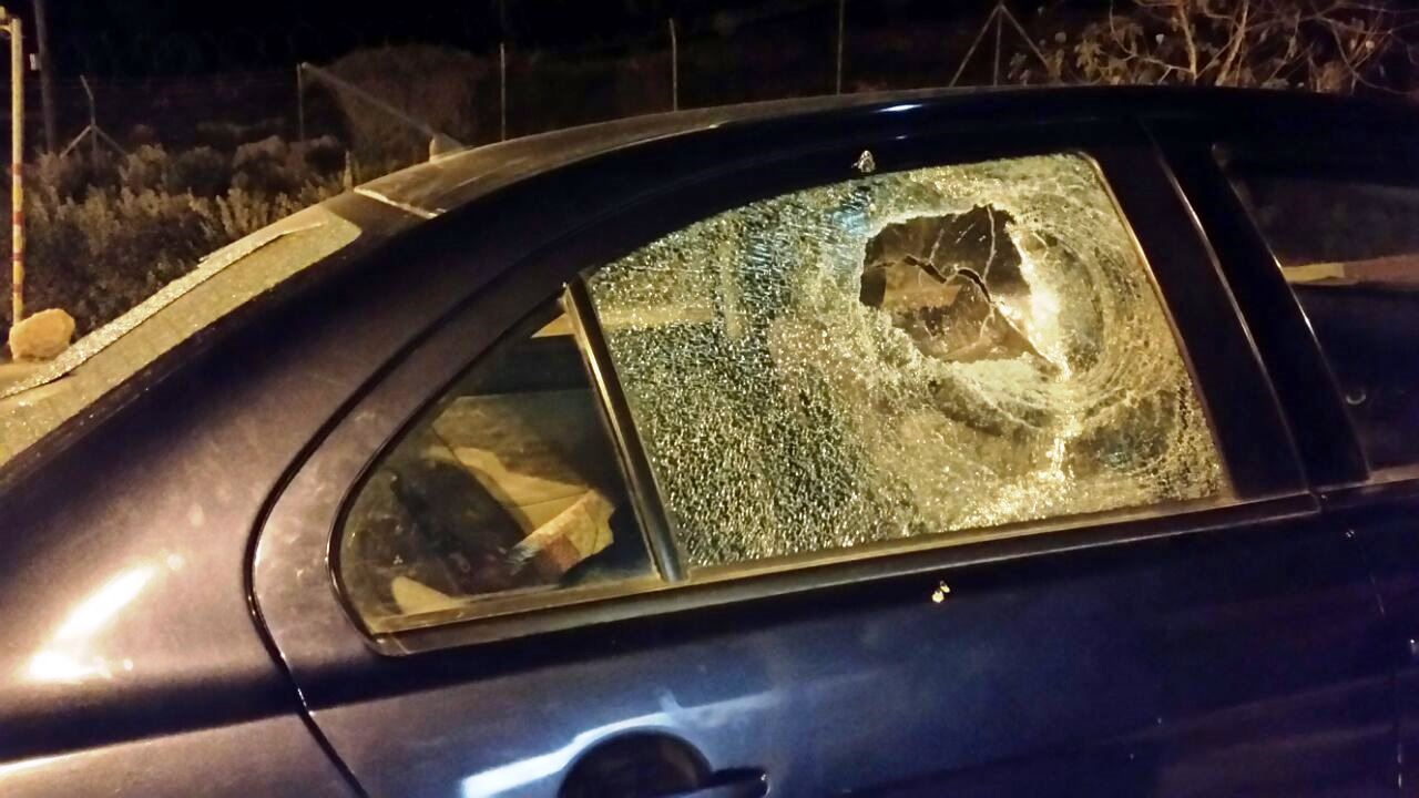 נערים חרדים נעצרו בחשד להשלכת אבנים