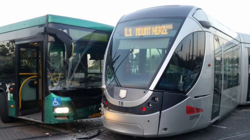 Bus Collides with Jerusalem light rail