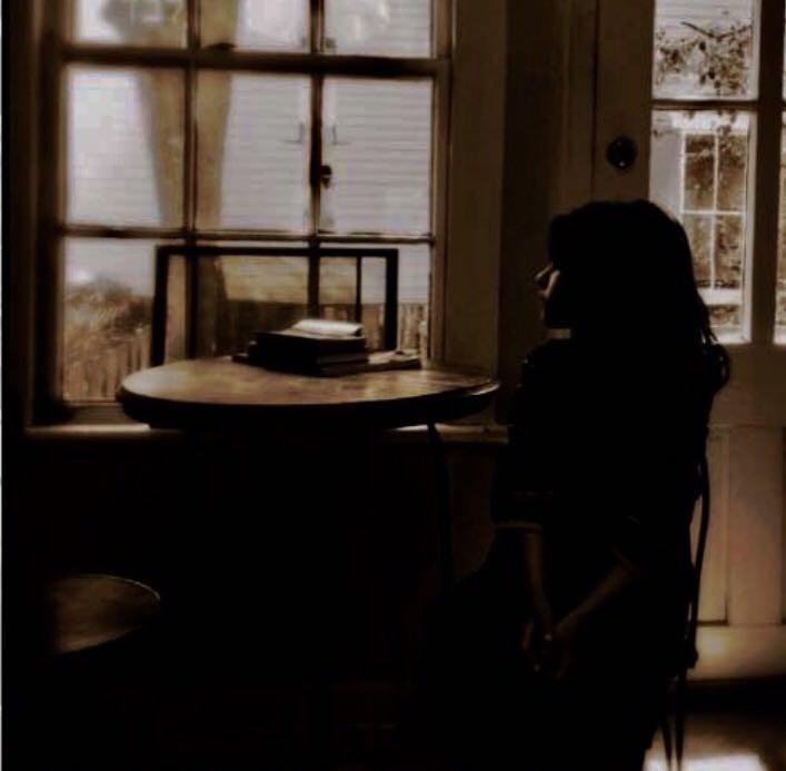 שיר על התמונה • נילי גינגולד-אלשיך