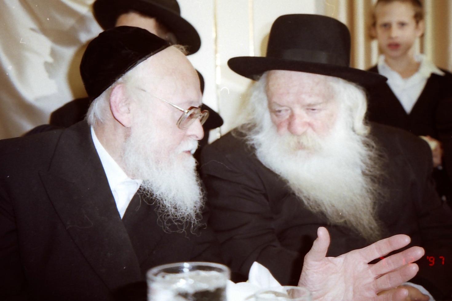 """מדוע הרב אלישיב לא רצה לדבר נגד הגר""""ח"""
