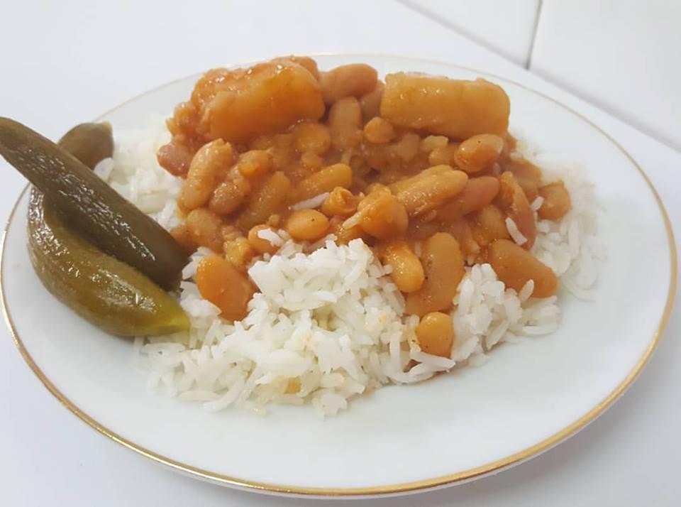 """""""אביקס וארוז""""- שעועית על אורז של סבתא"""