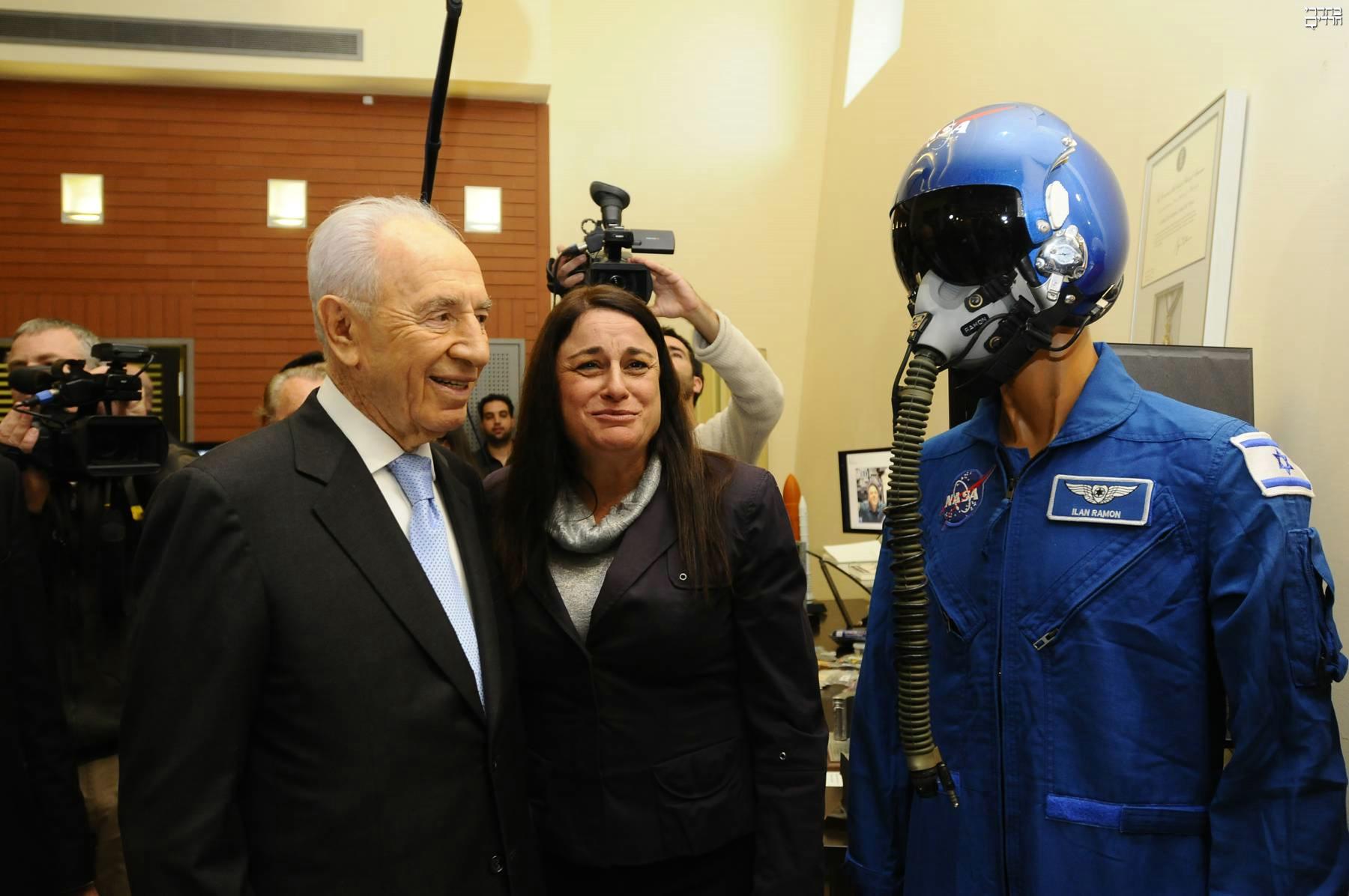 חללית עם פסוק • חללית ישראלית תשוגר לירח