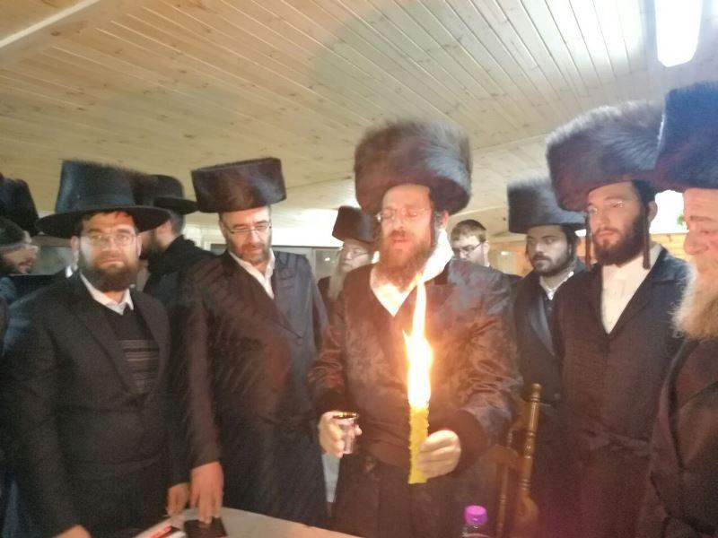 הרבי מאונגוואר התוועד עם חסידיו בז