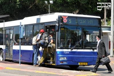 מחקר: השימוש בתחבורה ציבורית בגוש דן קטן משמעותית לעומת שאר העולם