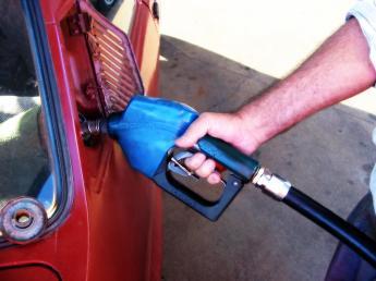 הלילה בחצות: הדלק מתייקר ב-20 אגורות