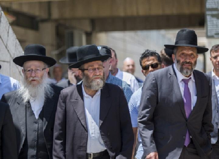 חשיפה: הדרישות החרדיות מנתניהו לקראת כינוס מועצות הרבנים