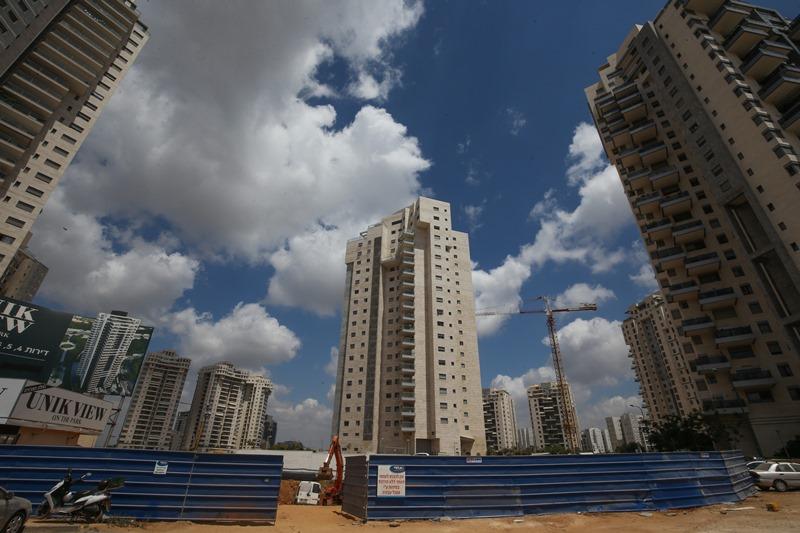 צניחה ברכישת דירות חדשות במרכז - זינוק בפריפריה