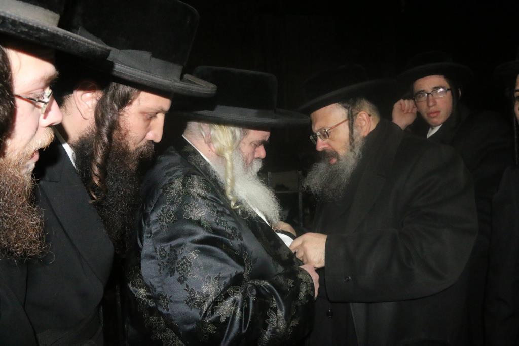 בבני ברק וירושלים ליוו את הרבנית הזקנה מקרעטשניף