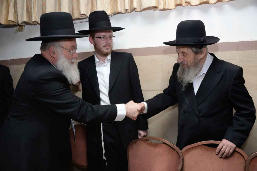 Slobodka and Kol Torah celebrate engagement