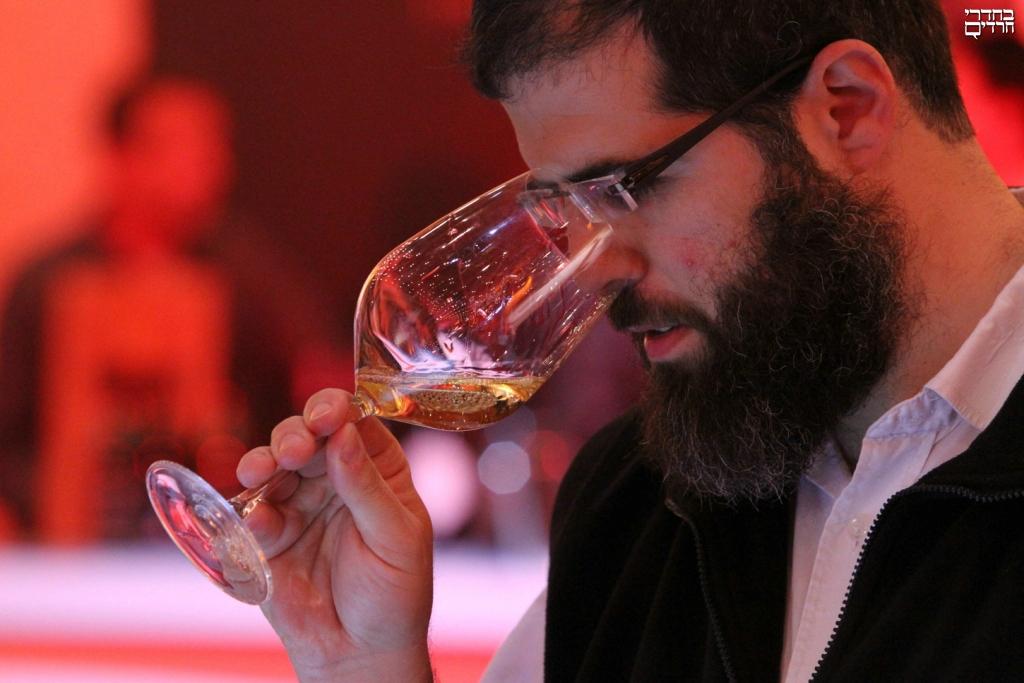 חייב איניש לבסומי • מיוחד לפורים: ביקורת יין ואלכוהול