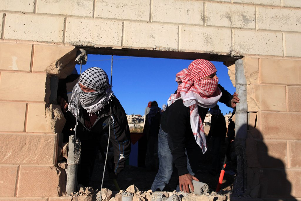 שני ערבים נעצרו בחשד שתקפו חרדים באלימות