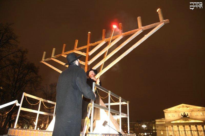 יהודים אינם מרכינים ראש • טור אישי