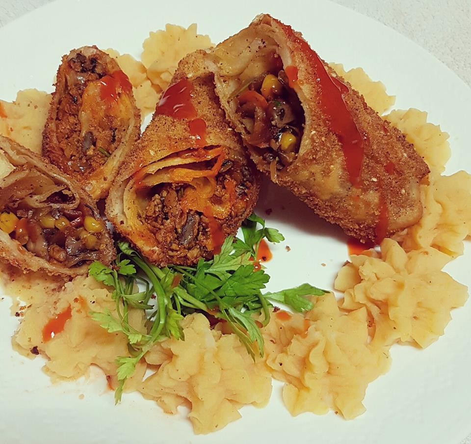 טורטיה במילוי בשר טחון פטריות וצנוברים