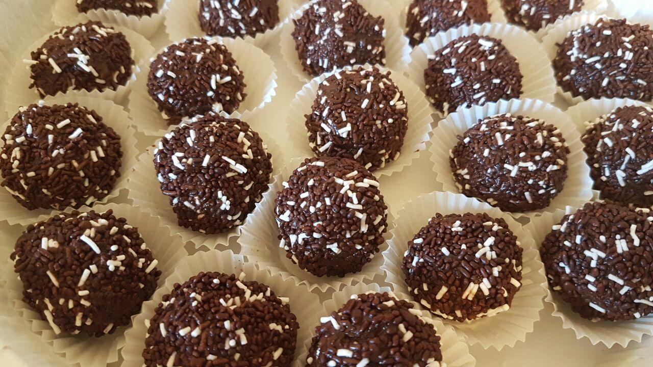 כדורי לוטוס שוקולד של בטי רפאל