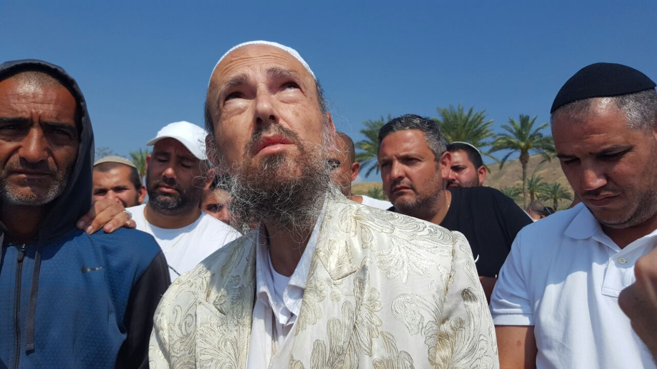 הרב קוק בכנרת: בזכות השבת יימצאו הנעדרים