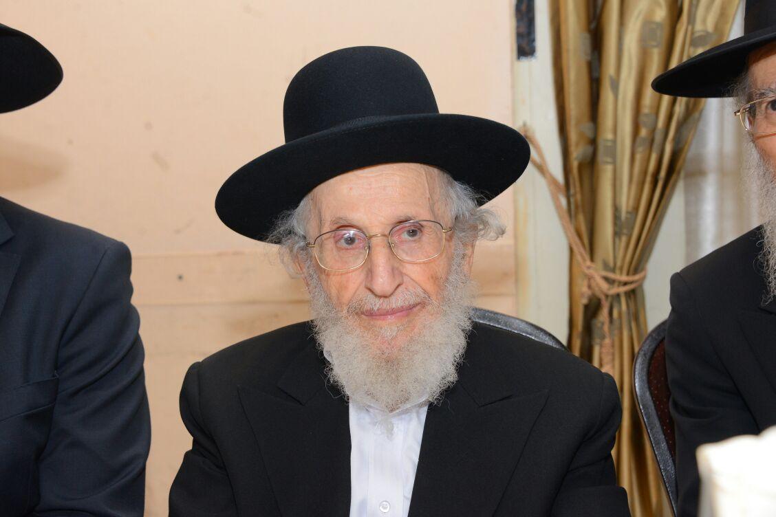 """BD""""H: Hagaon R' Shmuel Eisenstein ZT""""L Rosh Yeshivas Ponovetz Le'tserim Passed Away"""