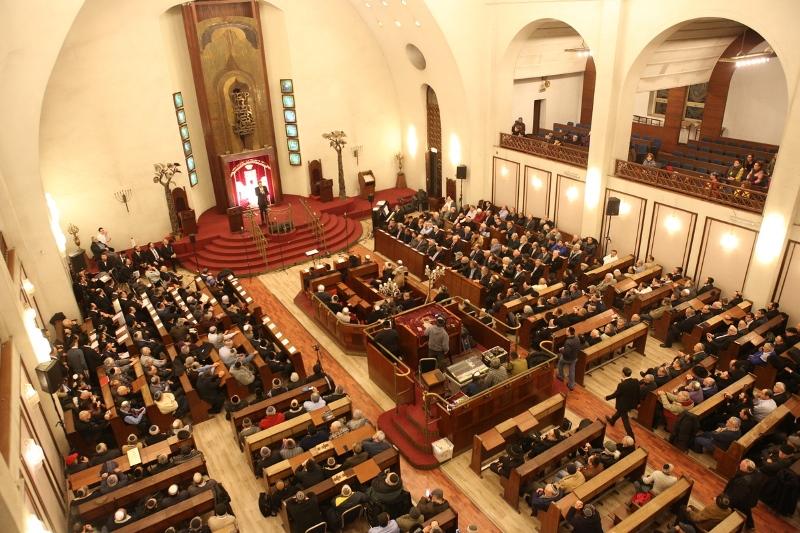"""זעם בת""""א: בית הכנסת הגדול סגר את שעריו"""