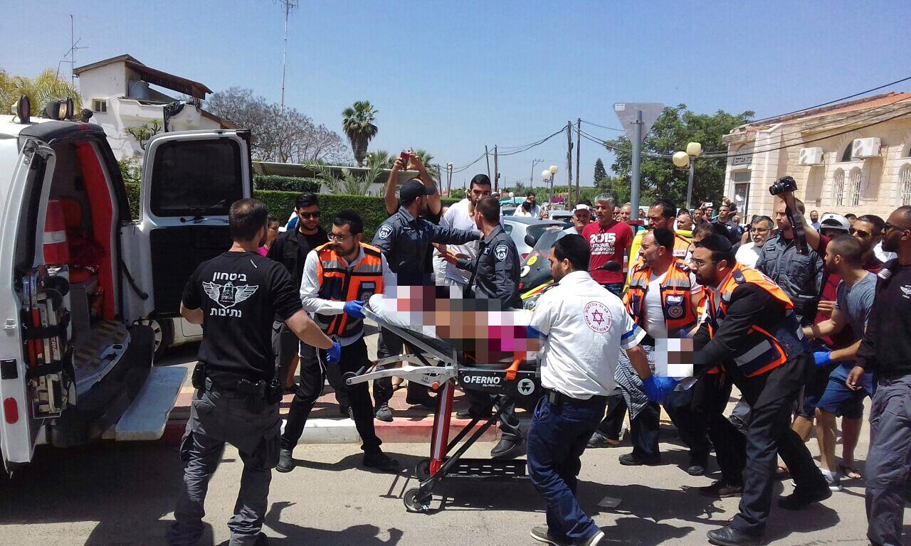 תושב נתיבות פרץ לכולל ודקר: ארבעה אברכים נפצעו