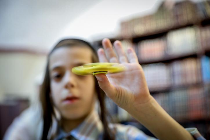 הרבנים פירקו את הספינר: מותר להשתמש בו בשבת?