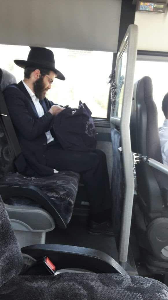Kiddush Hashem: Avreich Sponsors Chareidi Soldier