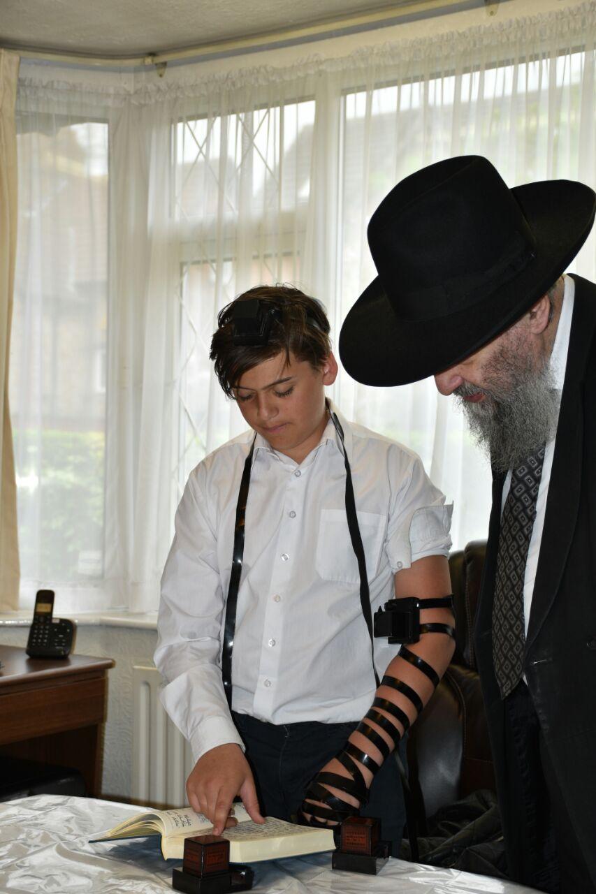 """נתן ערך ברית מילה בבר המצווה: """"אני היום חלק מהעם היהודי"""""""