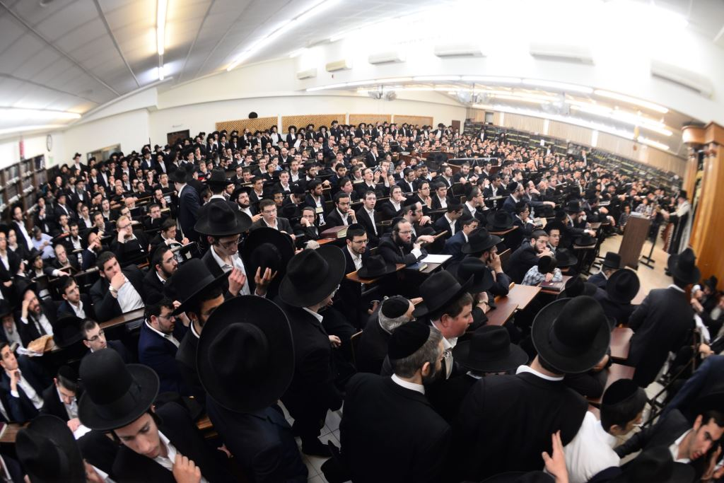 שבעה לרבי שמואל יעקב: אלפים התכנסו ב
