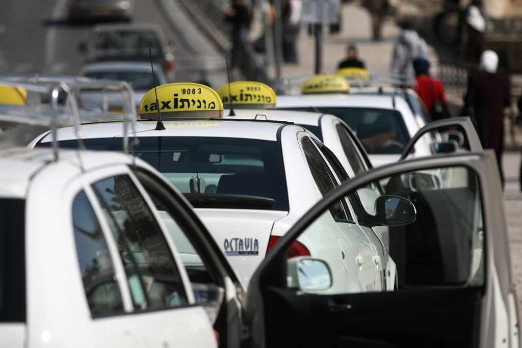 """מונית יקרה: 635 שקל מנתב""""ג לתל השומר"""