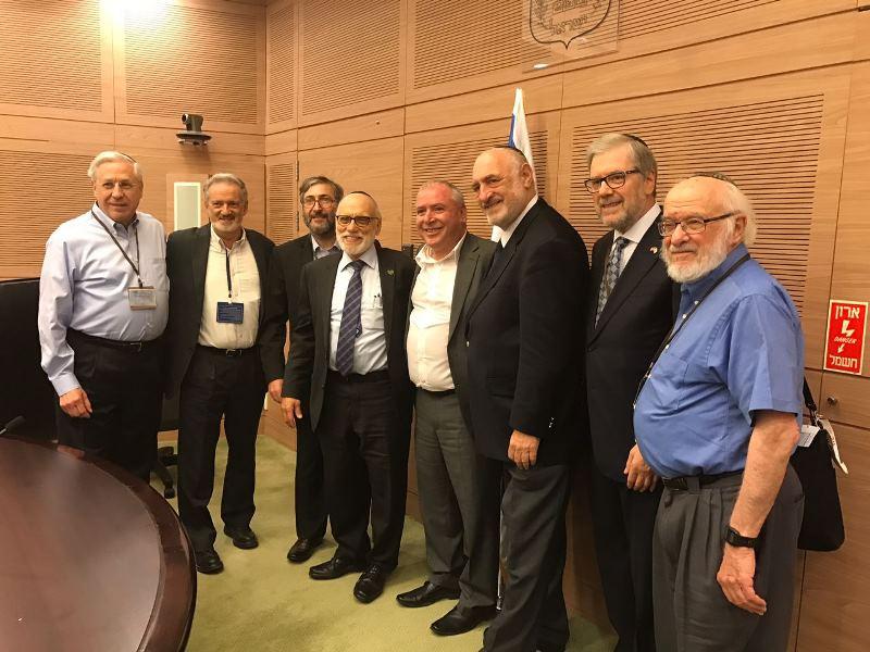 משלחת מכובדת מטעם הוועד להגנת הר הזיתים ביקרה בישראל