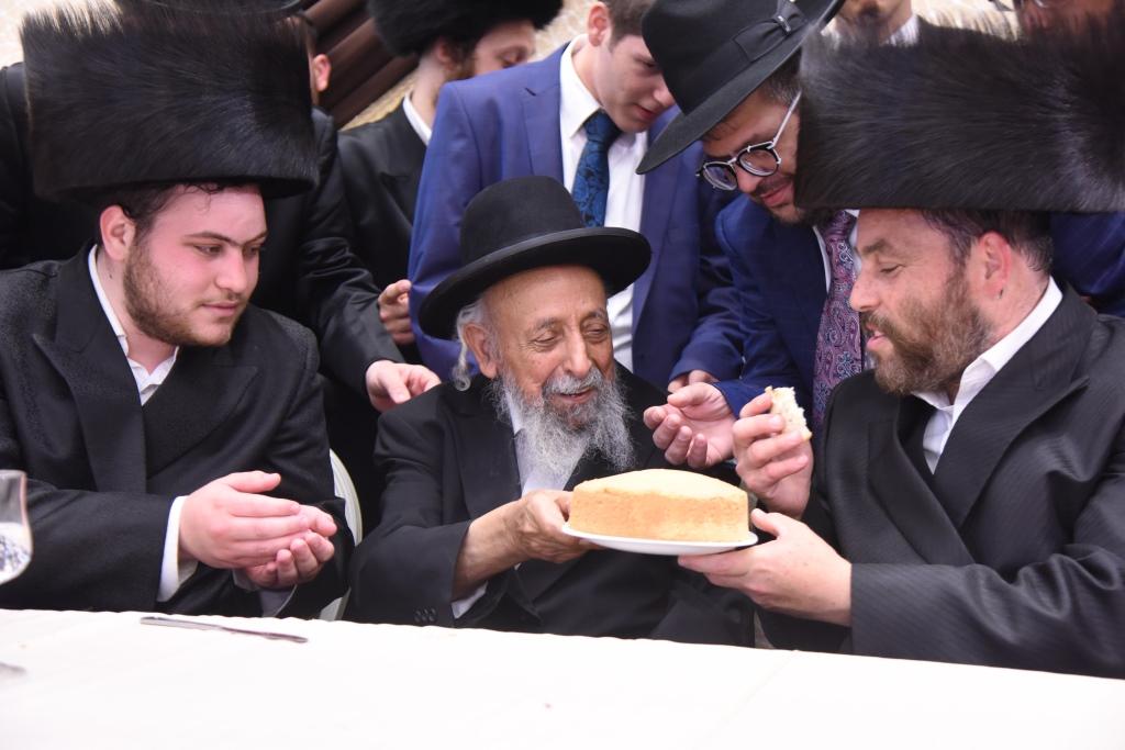 תיעוד: גדולי ישראל בחתונת נסיך עולם הצילום