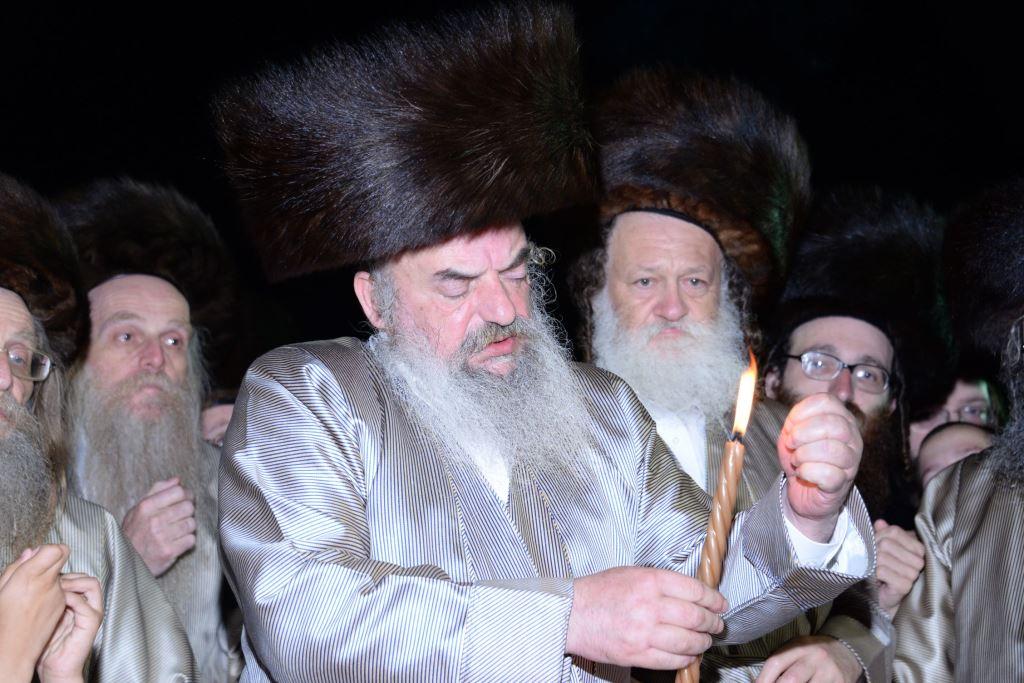 """האדמו""""ר מלעלוב בעקבות העצרת בבית שמש"""