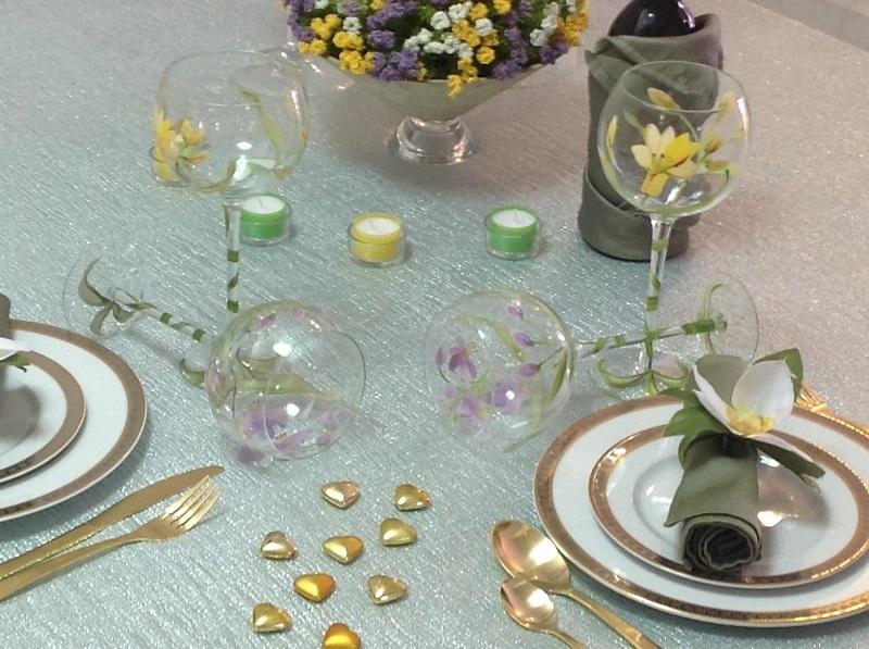 צפו: שולחן שבת זוגי של אפרת פטרזייל