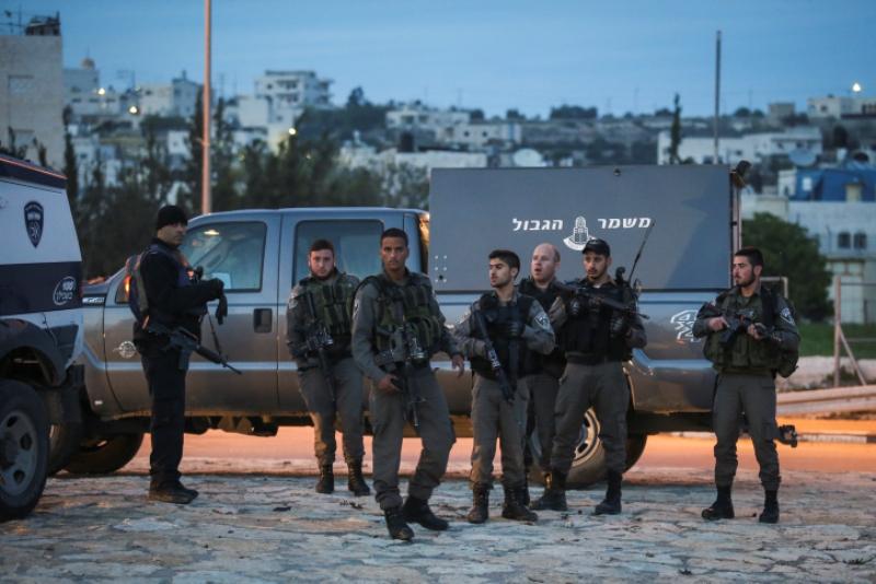 """תביעה: סייעה לחיזבאללה לחטוף חיילי צה""""ל"""