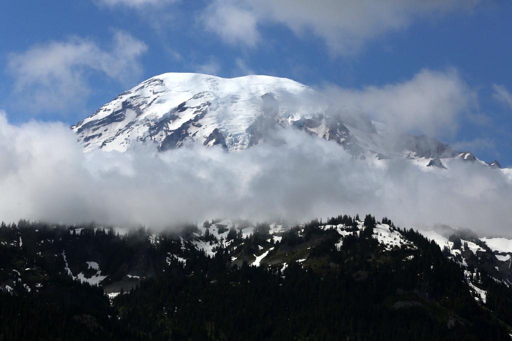 מסע מרהיב להר הגעש של וושינגטון • צפו