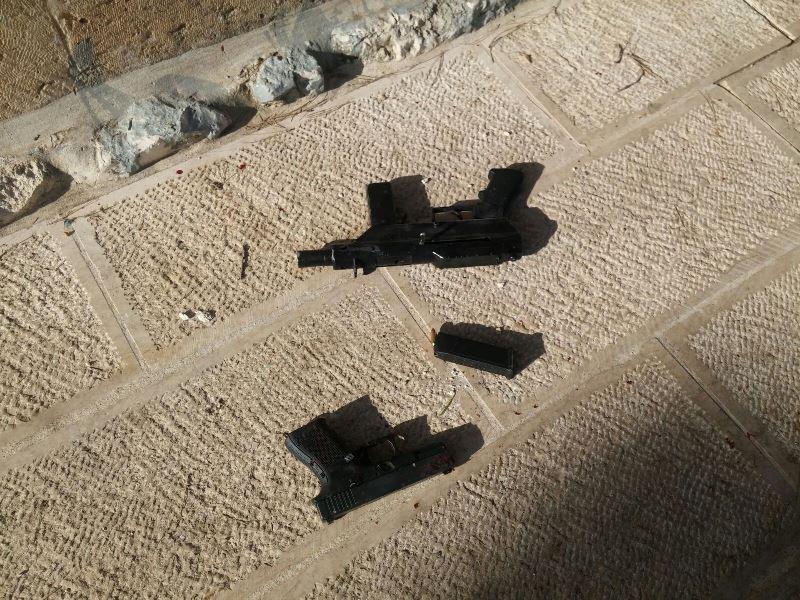 מחבלים חוסלו בהר הבית לאחר שירו ופצעו 2 ישראלים