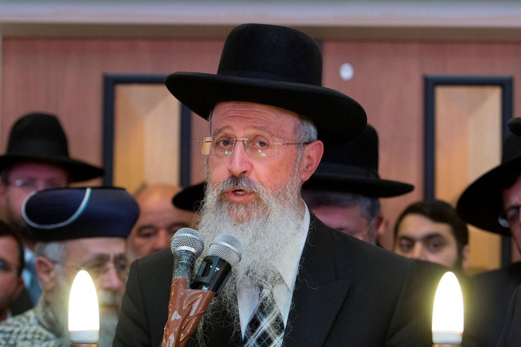 אחרי החגים: הרב אברהם יוסף יתפטר מתפקידו