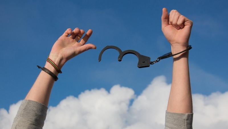שתדלנות שקטה: הבחורה הצפתית שוחררה