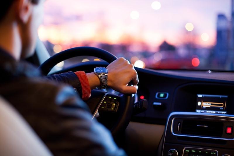 חשד: מכרו רשיונות נהיגה למי שאינו מורשה לנהוג כחוק
