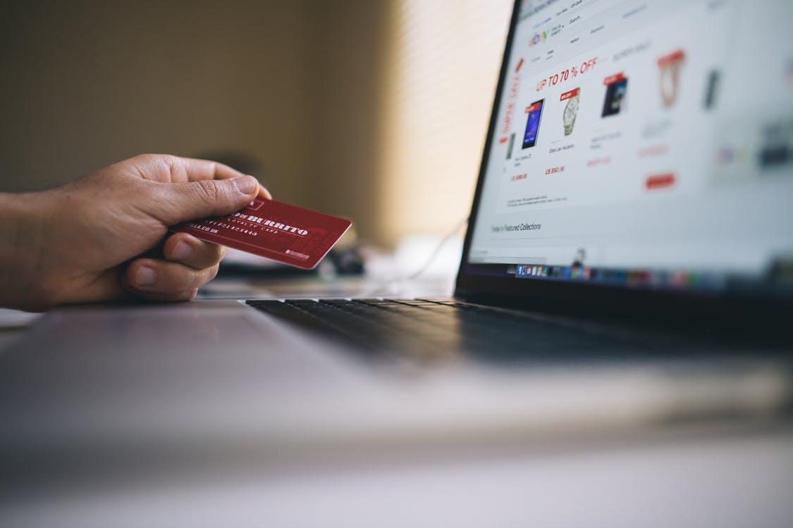 קניות באינטרנט: הישראלים רכשו השנה ב-14 מיליארד