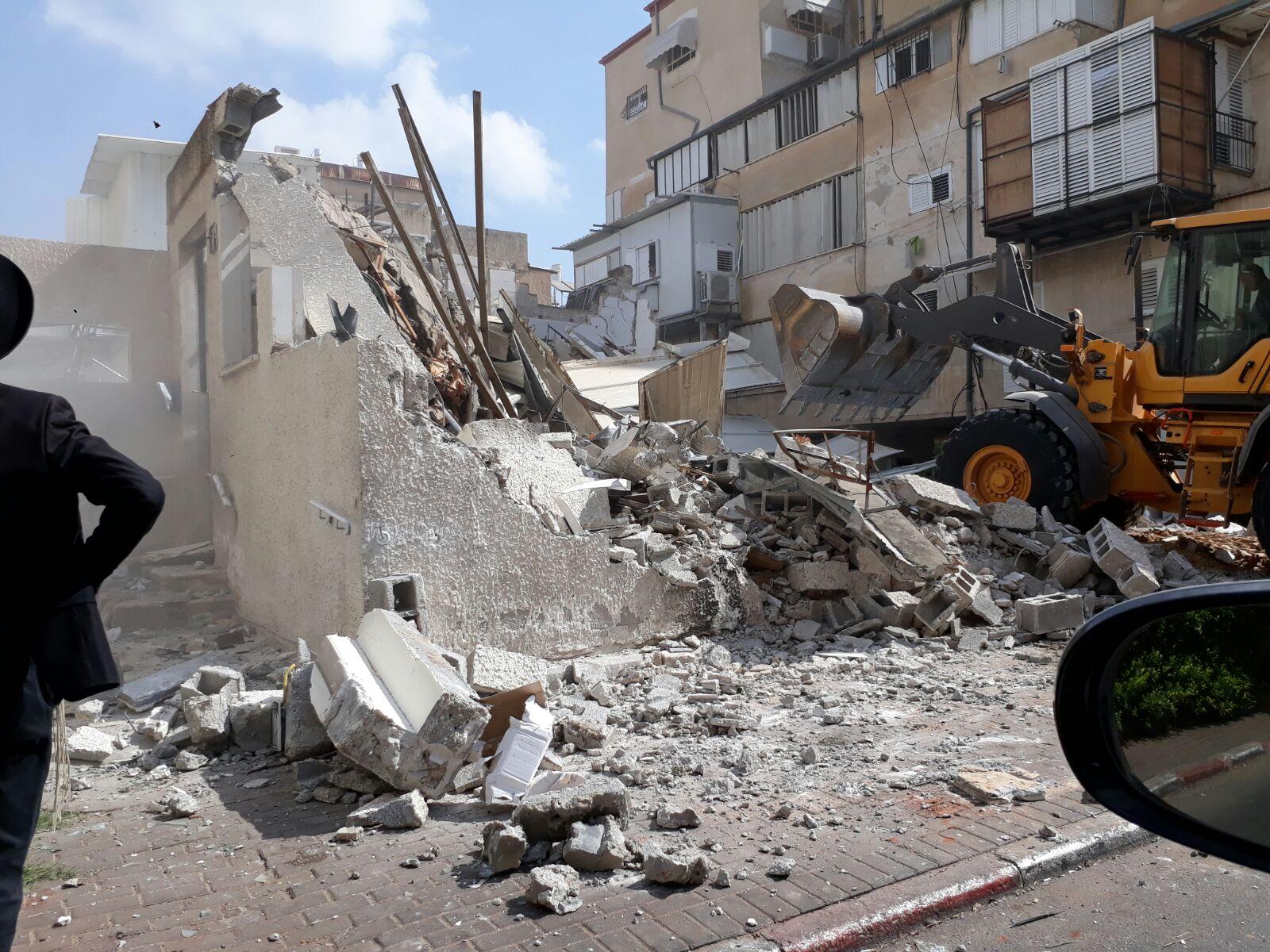 היסטוריה בני ברקית: בית המדרש הישן נהרס • צפו