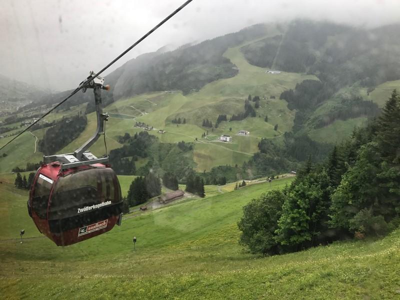 גם  זה קורה בחופש: סמינר לשידוכים בהרי אוסטריה