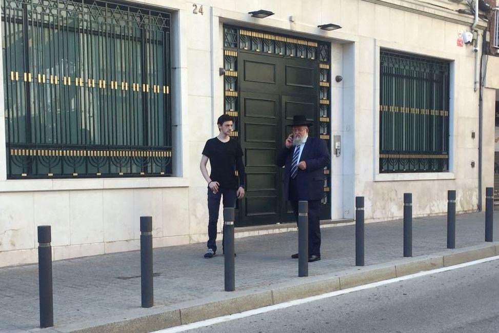 פחד וחשש בברצלונה: שבת תחת אבטחה כבדה בבית הכנסת הגדול