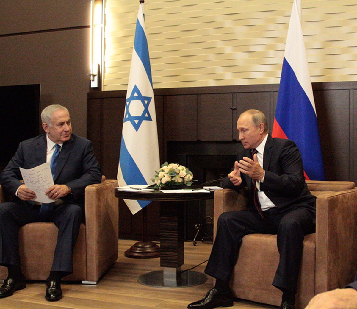 Urgent Meeting: Netanyahu Headed to Russia To Meet Putin Over Iran