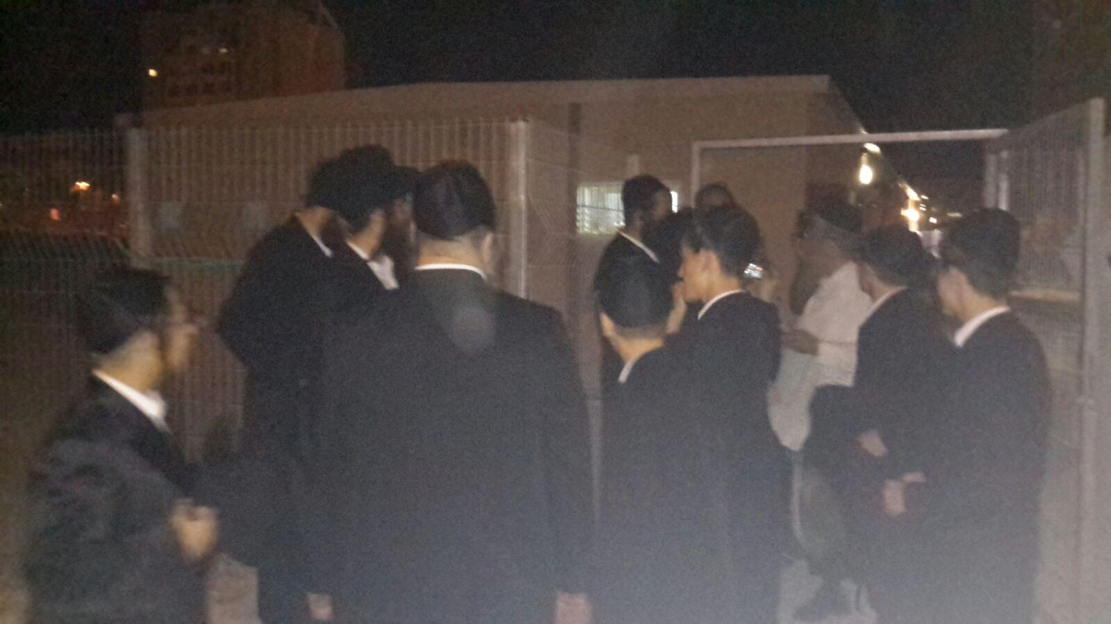 מהומות ערד: חסיד גור יואשם בתקיפת שוטר