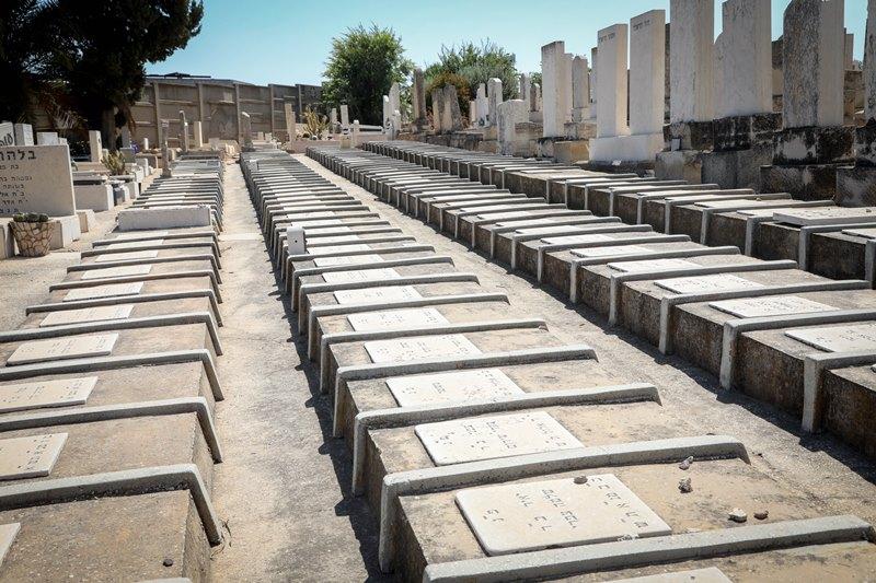 החרדים דורשים: הרבנות תפקח על הקברים הנפתחים