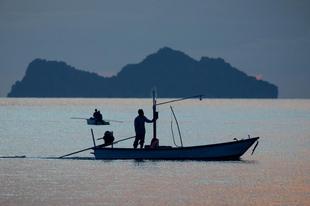 נפרדים מתאילנד: אי החולות הלבנים • גלריה