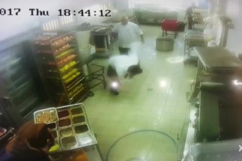 השף שנגח במשגיח פוטר  - הכשרות הוחזרה