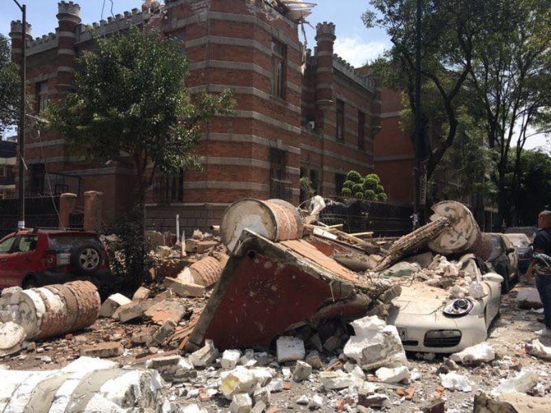 מקסיקו רעדה: מעל 220 הרוגים - חרדי נעדר